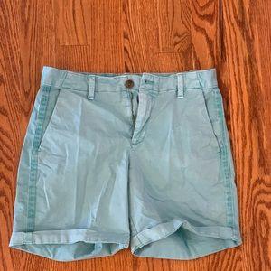 """Gap Girlfriend 5"""" Chino Shorts"""